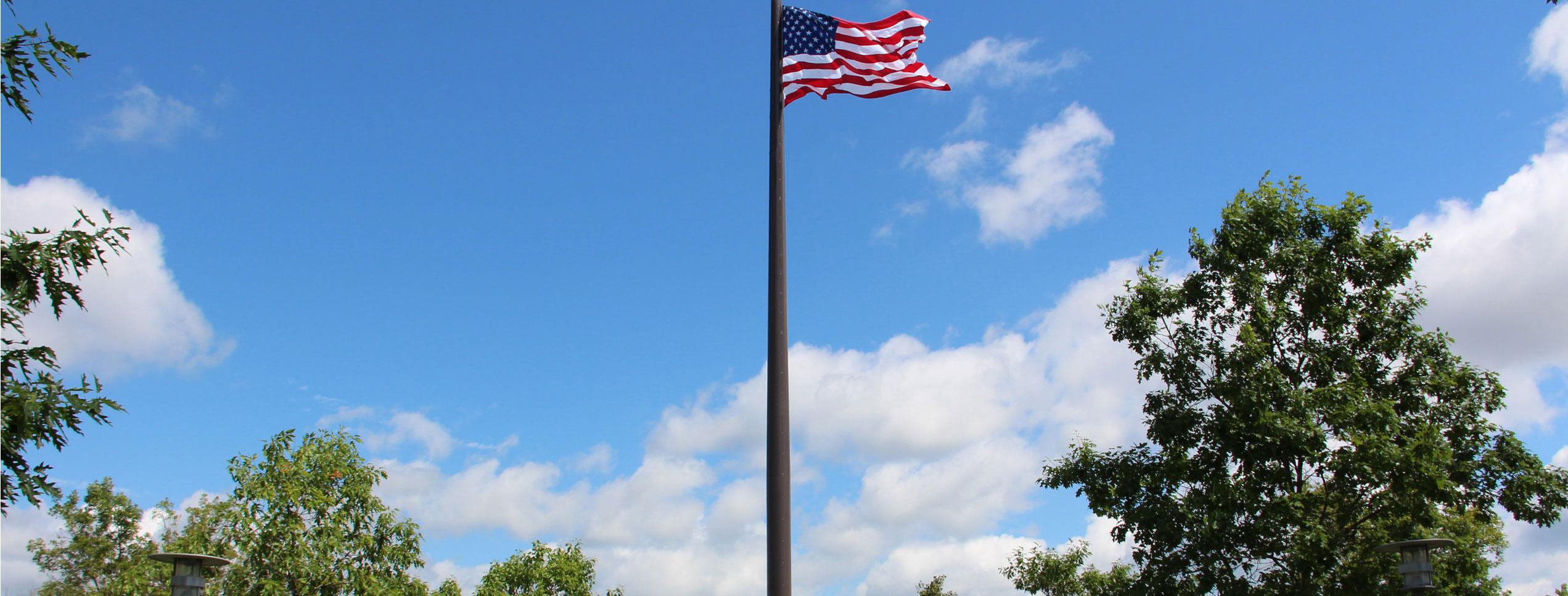 Acuity Insurance Flagpole | Mortenson